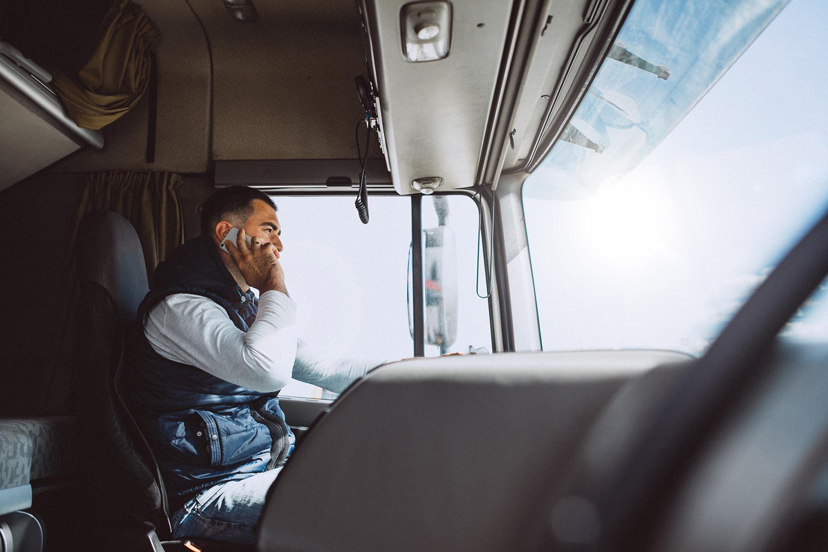 Ubezpieczenie kierowcy zawodowego — który wariant wybrać