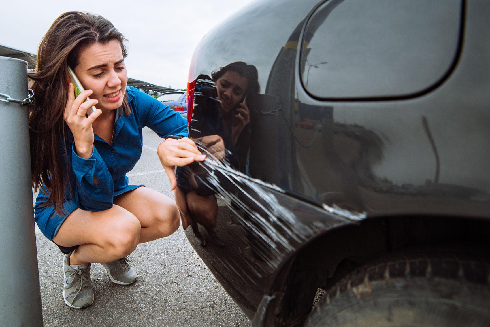 Stłuczka na parkingu – kto jest winny